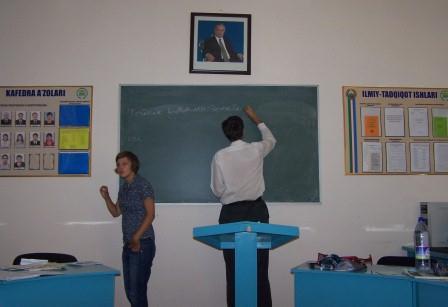 """Usbekischunterricht am """"Weltspracheninstitut"""""""
