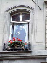 Einstein am Fenster