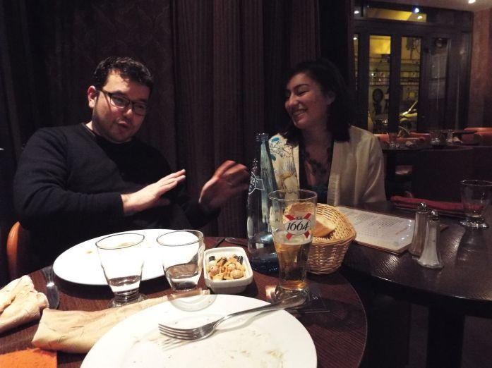 Mauricio und Yasmin unterhalten sich auf Frenglisch ;-)