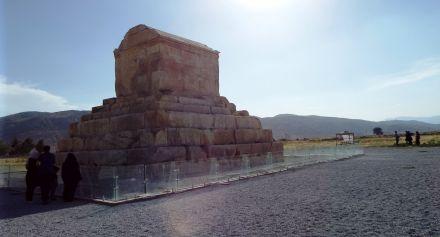 Pasargad: das Grab von Kyros II.