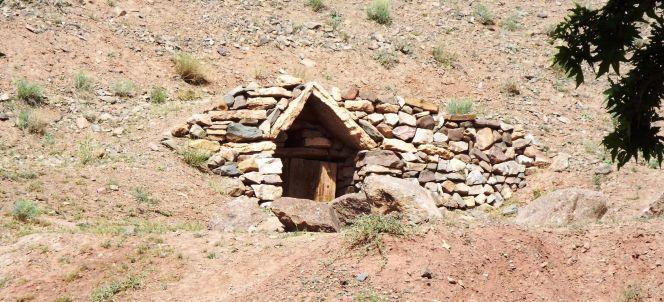 """""""Hobbit-Höhle"""" als Vorratskammer"""