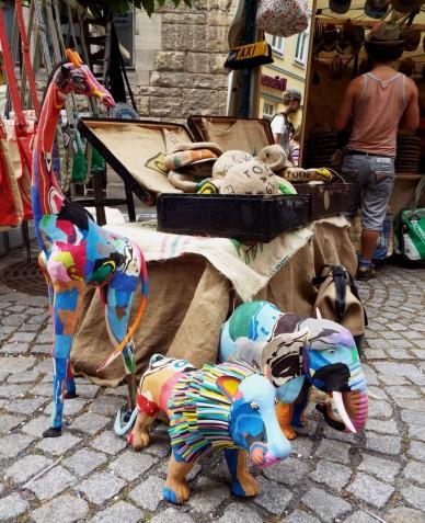 Tiere aus recycleten Flip-Flops