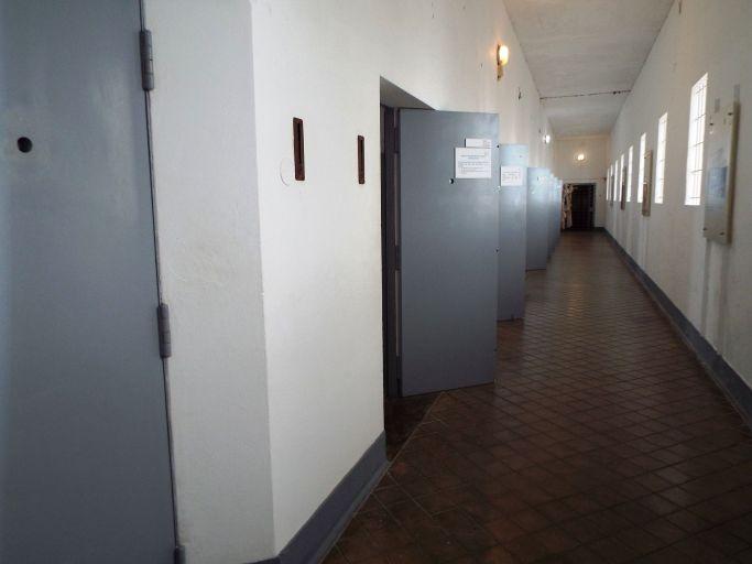 Gefängnisgang