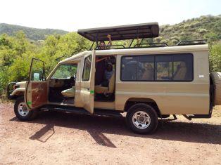 Unser Safari-Vehikel von außen...
