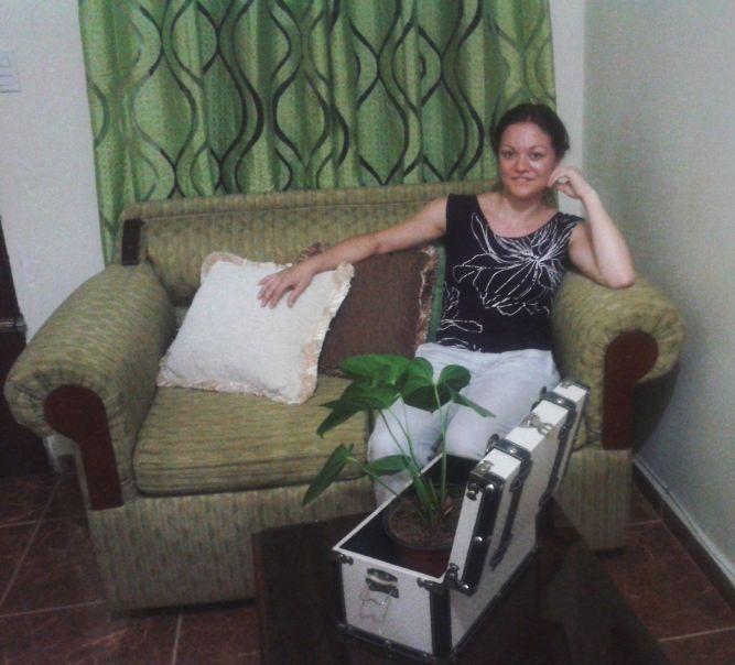 Auf dem Sofa bei meiner Gastfamilie