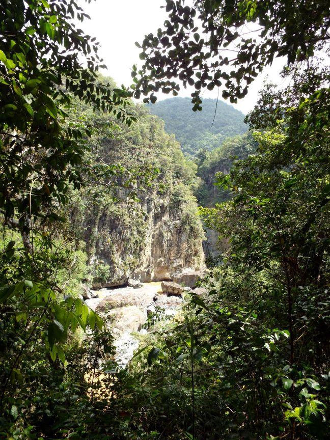 Erster Blick auf den Wasserfall