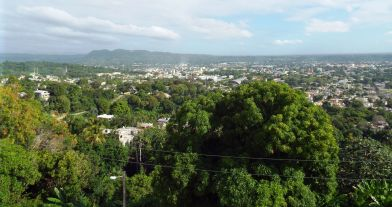 Blick vom Dach des Castillo auf San Cristóbal