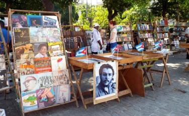 Revolutionärer Bücherflohmarkt