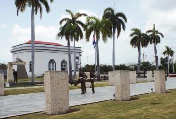 Wachablösung am José-Martí-Denkmal