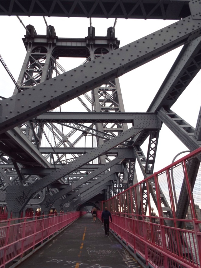 Williamsburg Bridge zwischen Manhattan und Brooklyn