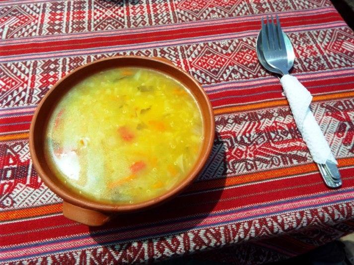 Quinoa-Suppe