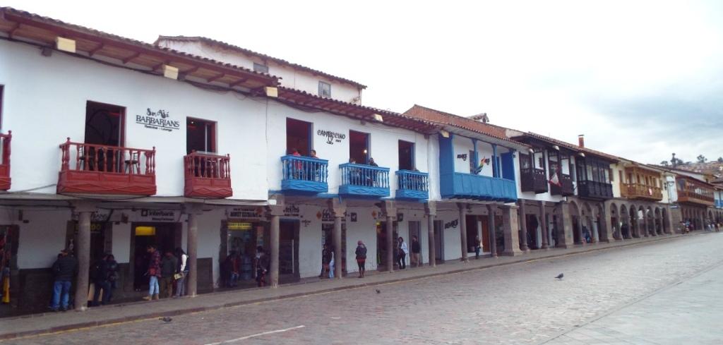Cafés am Plaza de Armas