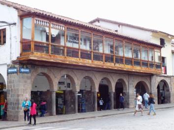 Arkaden am Plaza de Armas