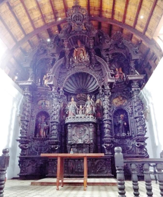 In der Kirche der Hacienda