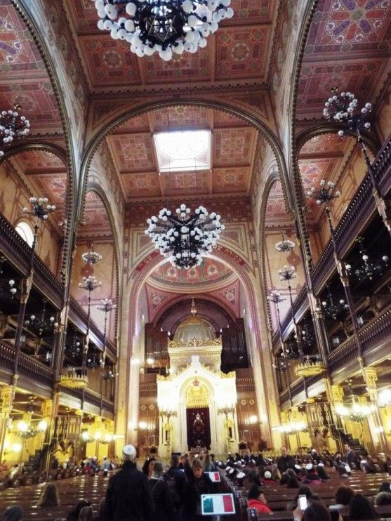 Die Große Synagoge von innen