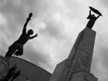Die Freiheitsstatue auf dem Gellért-Berg