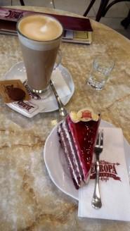 Lecker Kaffee & Torte