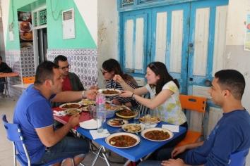 Mittagessen in Erriadh