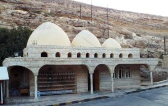 Gebäude um die Mosesquelle herum